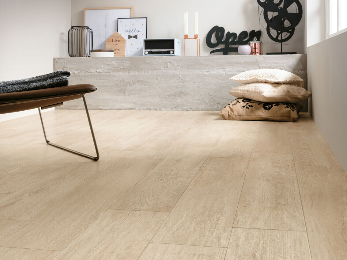 Fußboden In Holzoptik ~ Fliesen in holzoptik u stonenaturelle